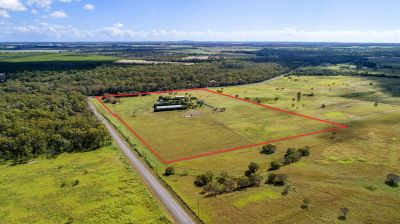 PERFECT LIFESTYLE-HOME BUSINESS ON 20 ACRES OF PEACE & PRIVACY