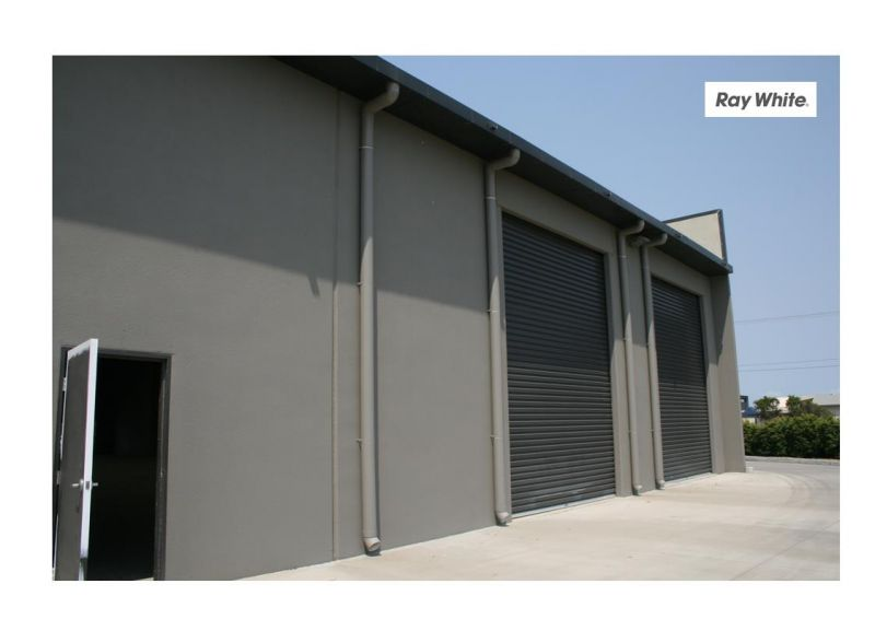 13 STRATA TITLED INDUSTRIAL UNITS
