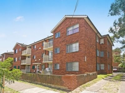 Sun Filled Two Bedroom Unit with Parking