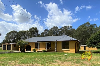 QUIET LOCATION + 3 BEDS + SELF CONTAINED RETREAT = COUNTRY LIVING