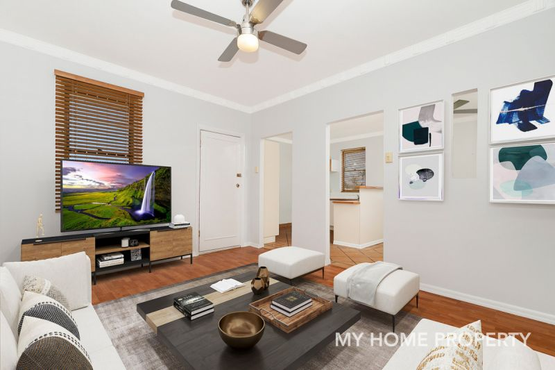 Hidden Gem Top Floor  4 Bedroom 123sqm Unit in The Heart of Clayfield