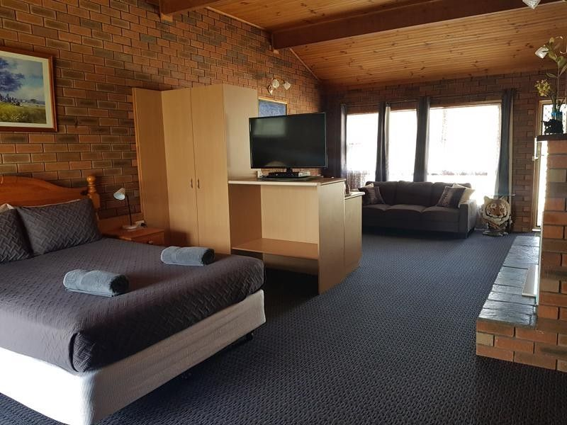 WALKABOUT MOTEL - RUTHERGLEN - SELLING LEASEHOLD