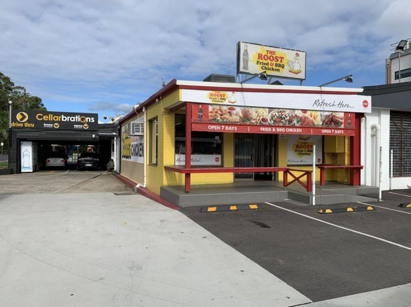 PRIME LOCATION - 90m2 retail space with high exposure...