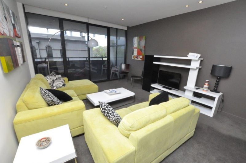 Grosvenor: FURNISHED - Stylish And Sophisticated!
