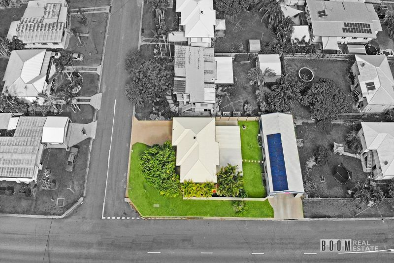 Central northside entertainer with massive shed
