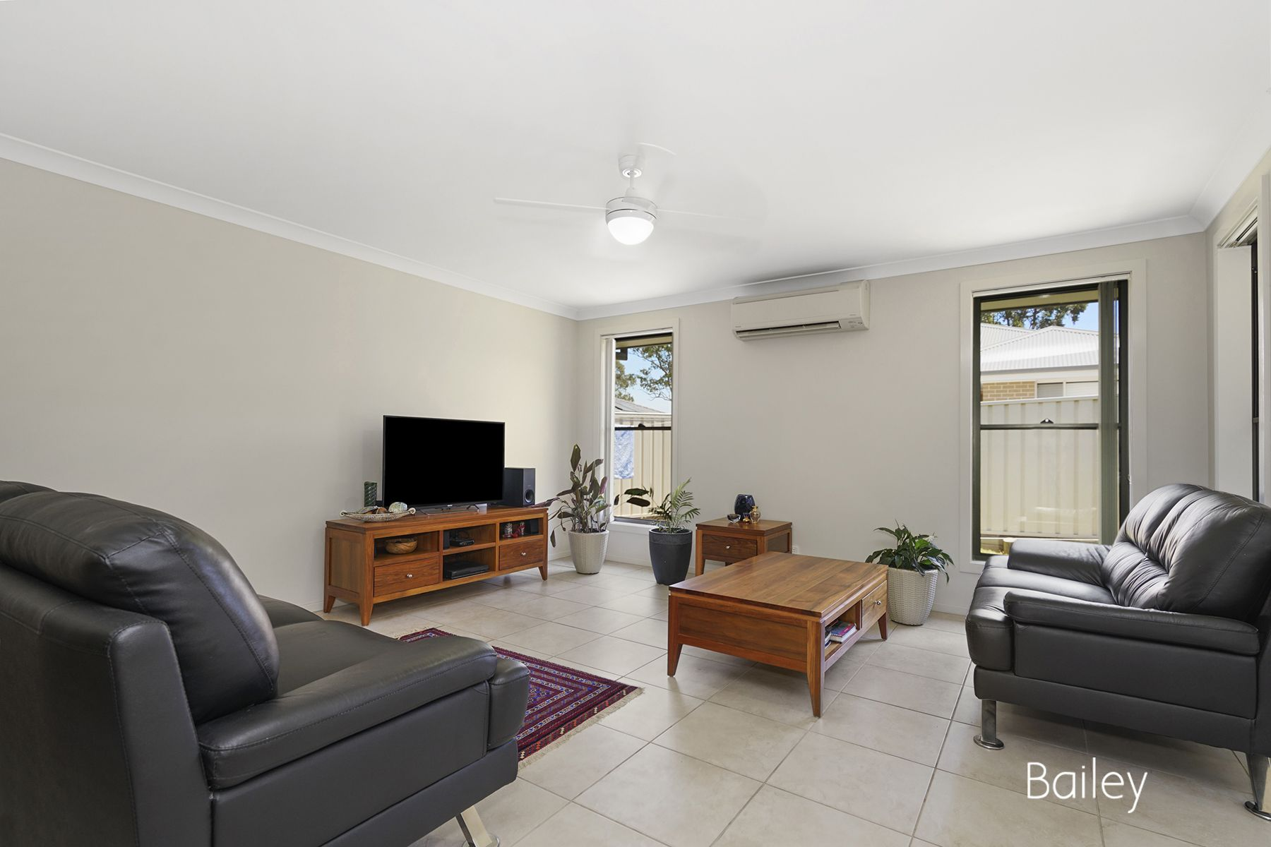 53 Broomfield Crescent, Singleton