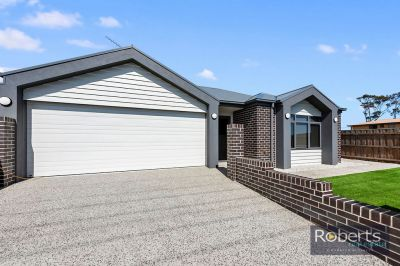 3 and 4/ 1a Sunrise Court, Shearwater