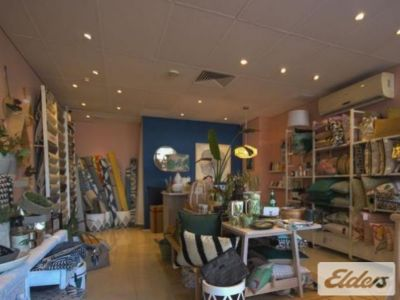 RETAIL OPPORTUNITY IN THE HEART OF ROSALIE!