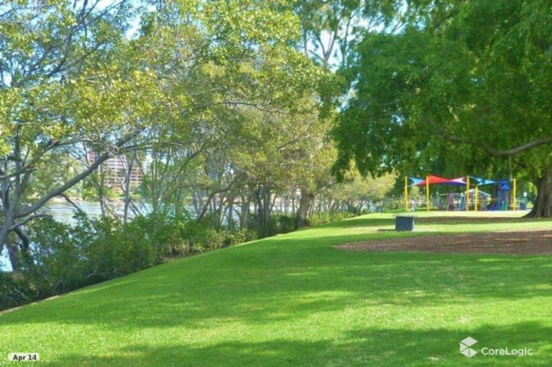 Convenient Commuting to the CBD, UQ or Toowong