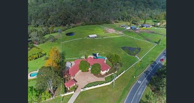 5 acre horse acerage with newly renovated 510 sqm home