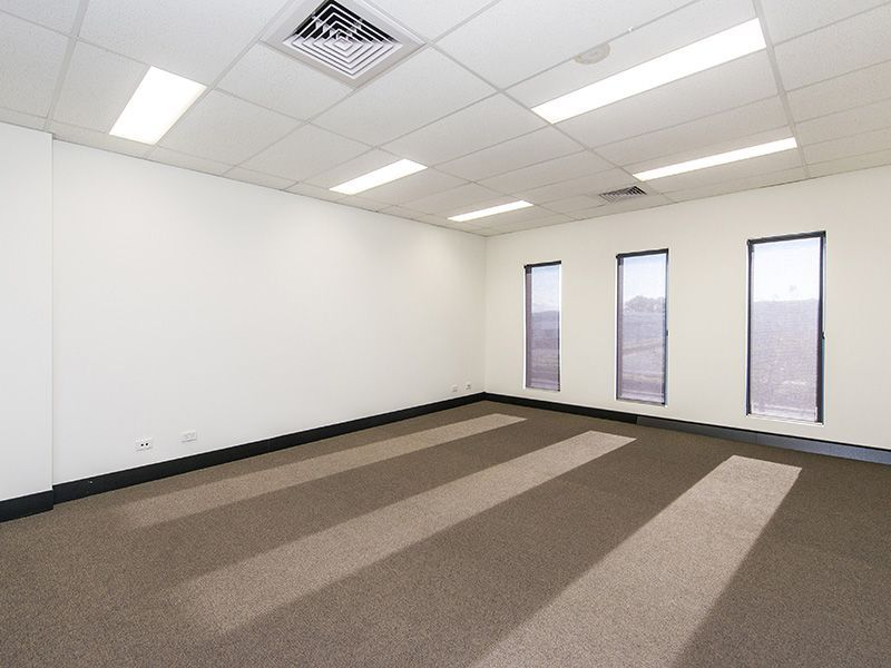 PARTITIONED OFFICE SPACE
