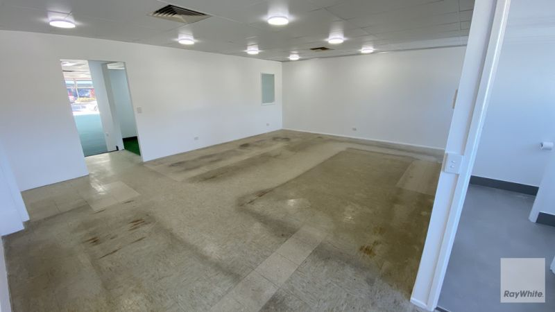 Large Showroom/Office Space in Nambour for Lease