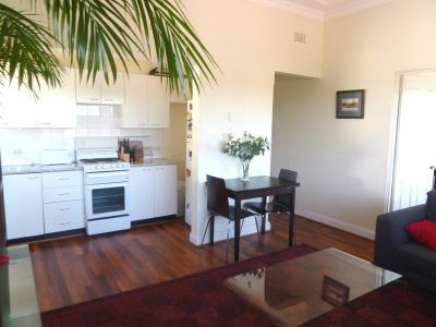 9/98 Coogee Bay Road, Coogee
