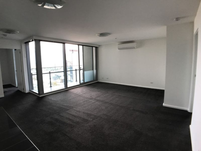 Mainpoint: 32nd Floor - Amazing Two Bedroom Apartment in the Heart of Southbank!
