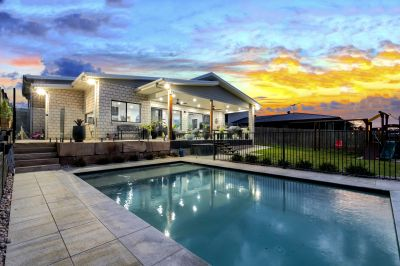 Auction!  Executive Living @ Deebing Heights