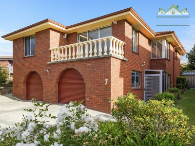 STRIKING STREET APPEAL AND BEAUTIFULLY RENOVATED!