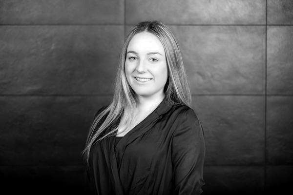 Alyssa Nakat Real Estate Agent