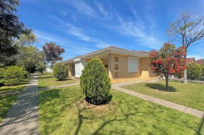4/4 The Grove, Woodville