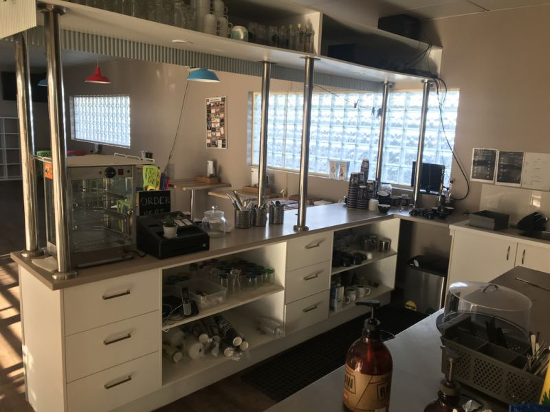 FULLY OPERATIONAL CAFE AWAITING NEW OWNER