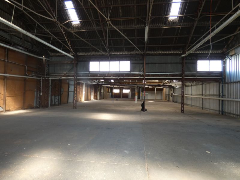 Spacious And Cost Effective Warehouse In Moorooka!