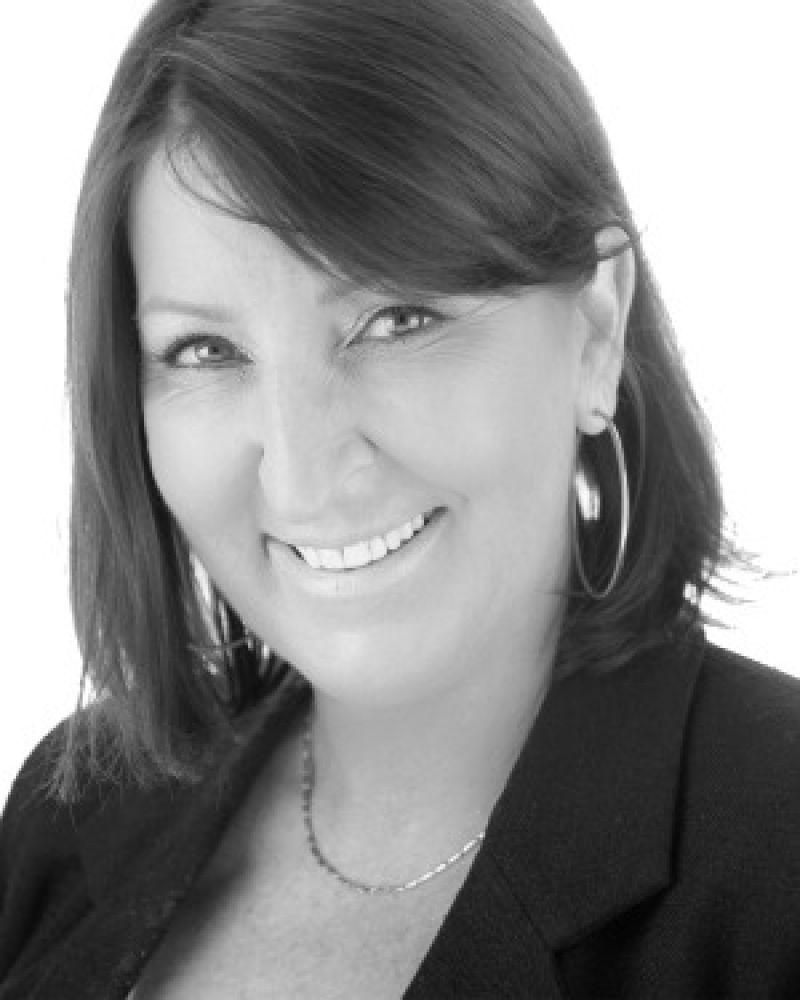 Michelle Medynski Real Estate Agent