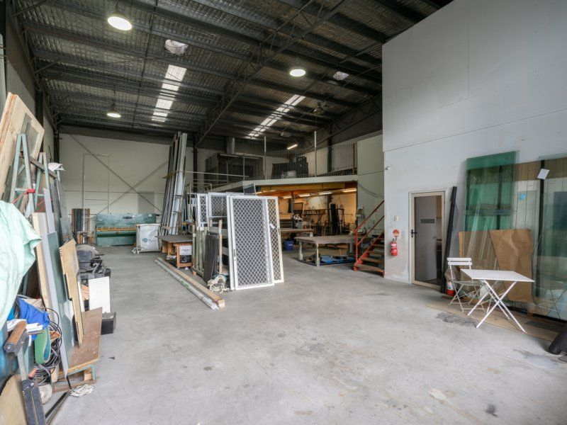 FREEHOLD INDUSTRIAL WAREHOUSE