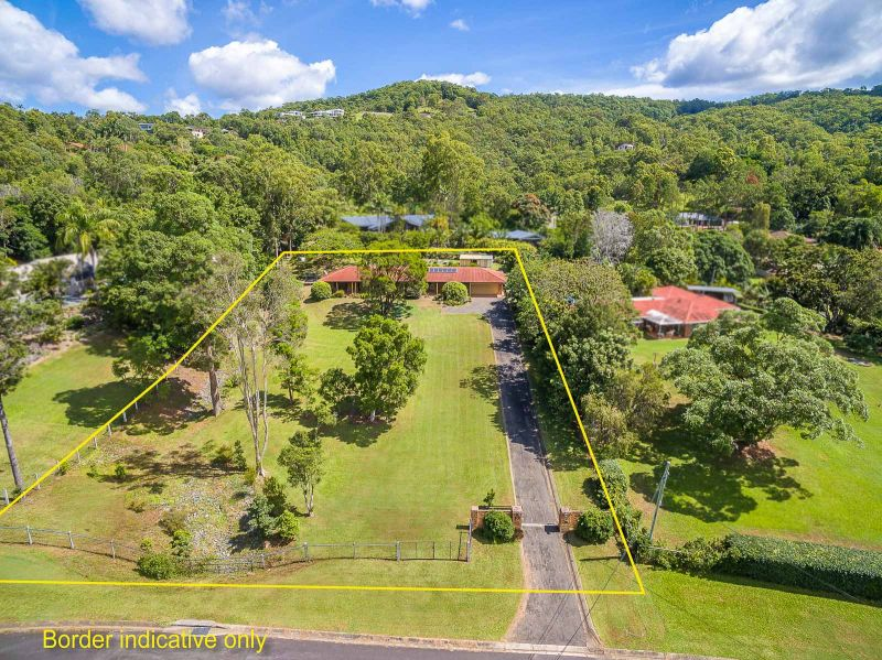 PARKLIKE ACREAGE ~ CLOSE TO TOWN ~ PEACEFUL AND PRIVATE