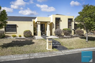 Live a lap of luxury in one of Caroline Springs' finest