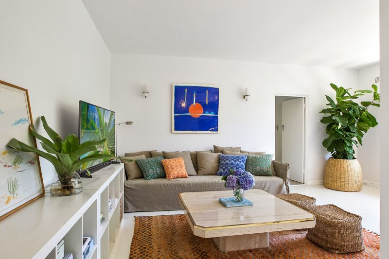 Gorgeous North Facing Bayside Apartment