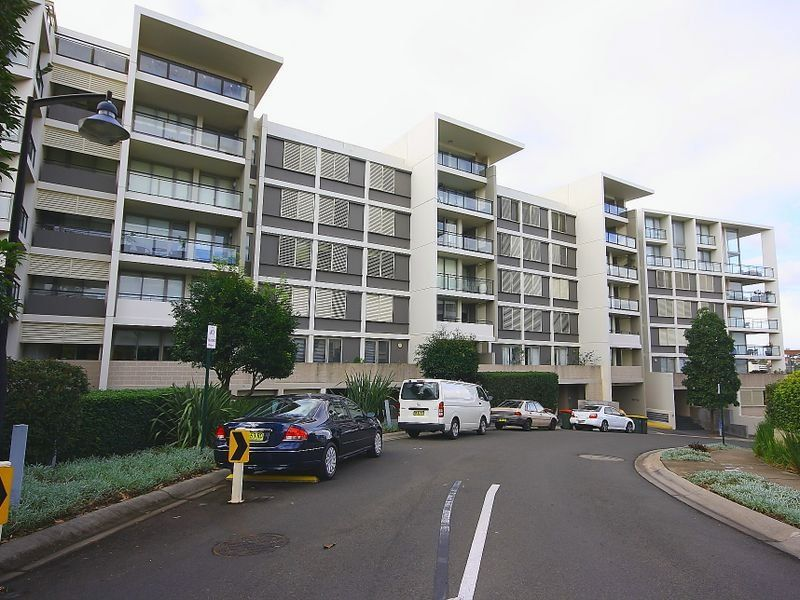 18/1 Bayside Terrace Concord 2137