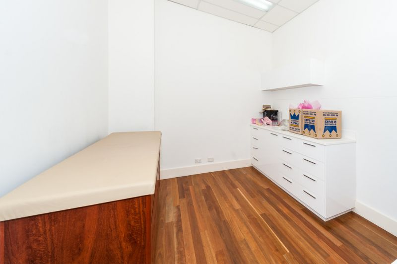 Conveniently Located Creative Office/Retail Space