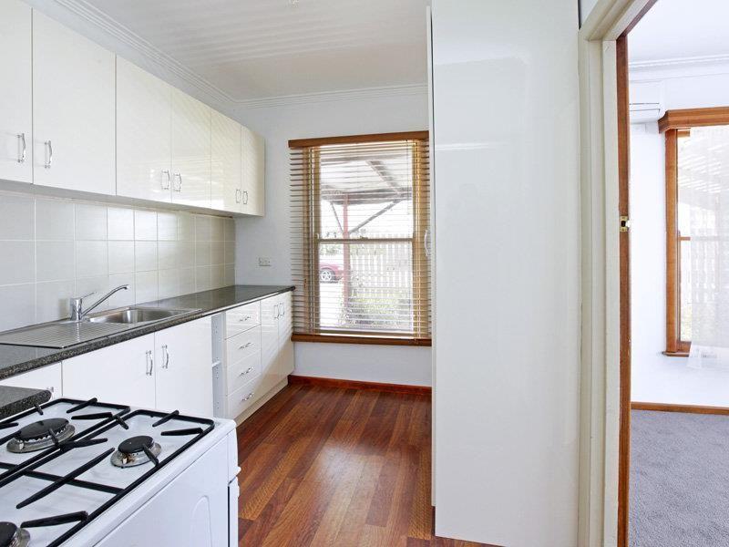 1/139 Weller Street Geelong West