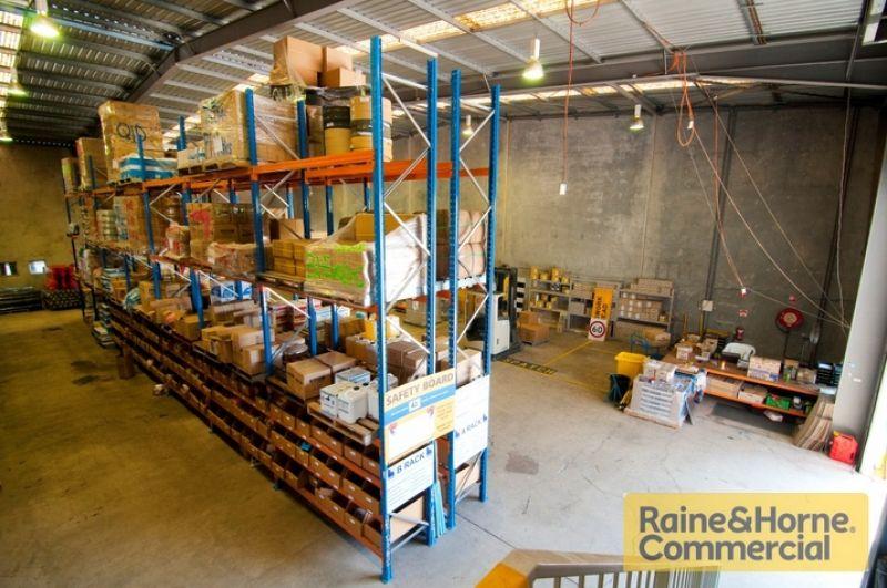 Freestanding - Tilt Panel - Great Location - TICKS A LOT OF BOXES!