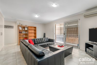 Tidy and Modern - Within Walking Distance to Ashgrove Shopping Centre