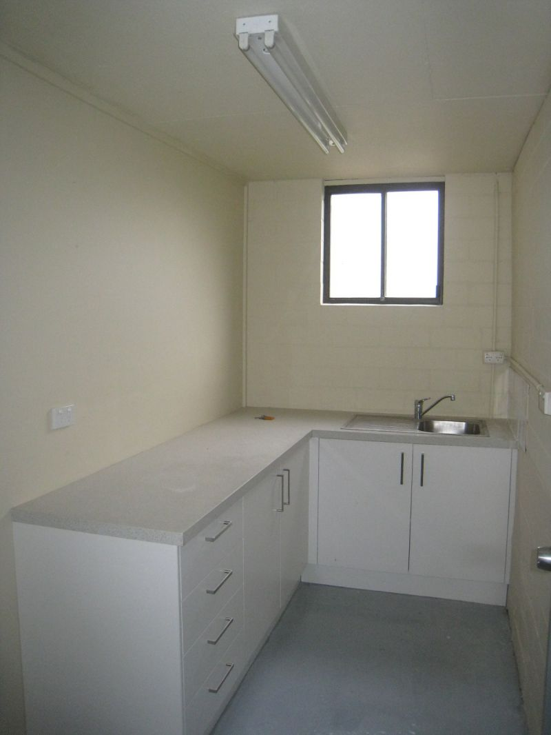 TRADIES SPECIAL - Neat Industrial Unit