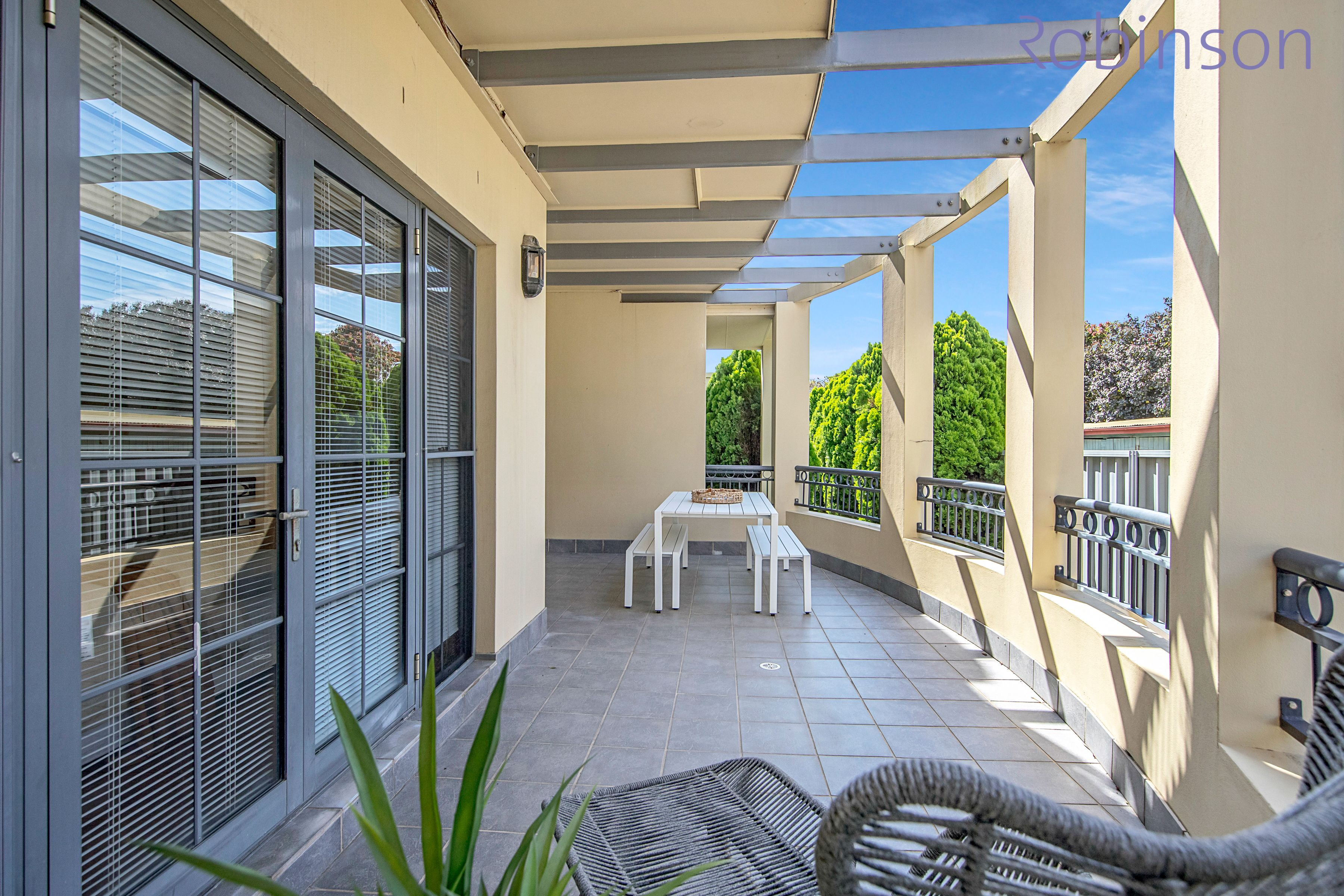 Level G/2/220 Darby Street, Cooks Hill