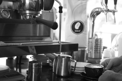5 day Espresso Bar - Iconic Business - No Kitchen - Dont Delay