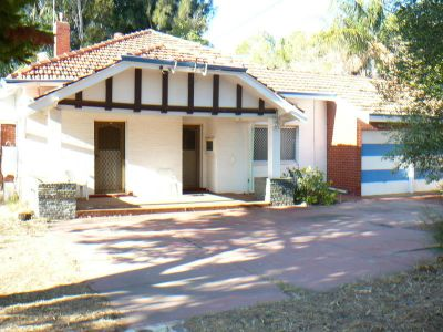 Exceptional location, R25 unit Zoned