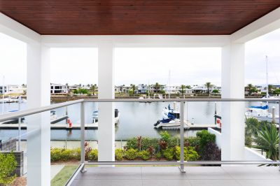 Huge Waterfront Home with Seperate One Bedroom Apartment
