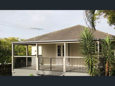 MOUNT GRAVATT EAST, QLD 4122
