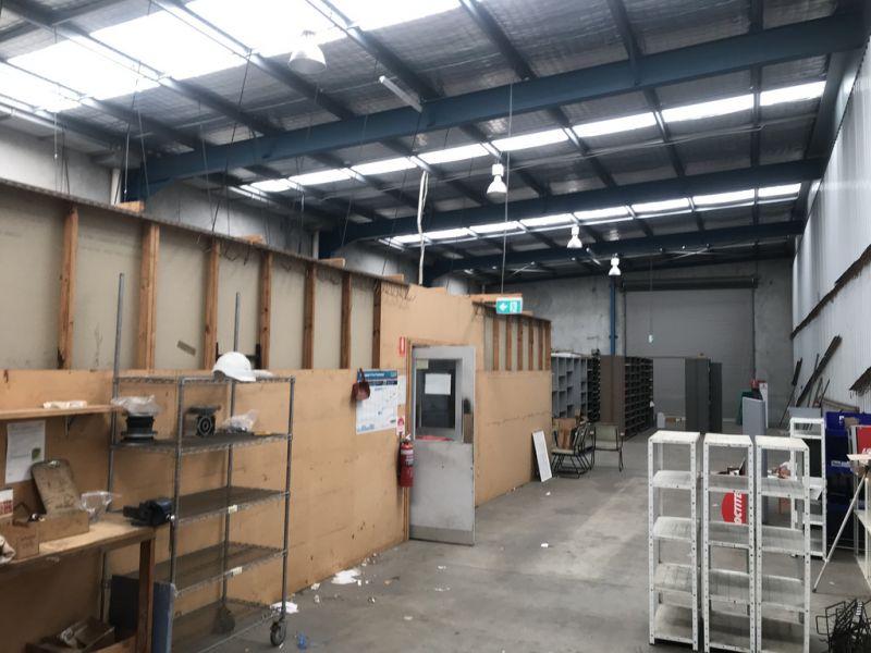 Industrial Warehouse in Corporate Park Estate