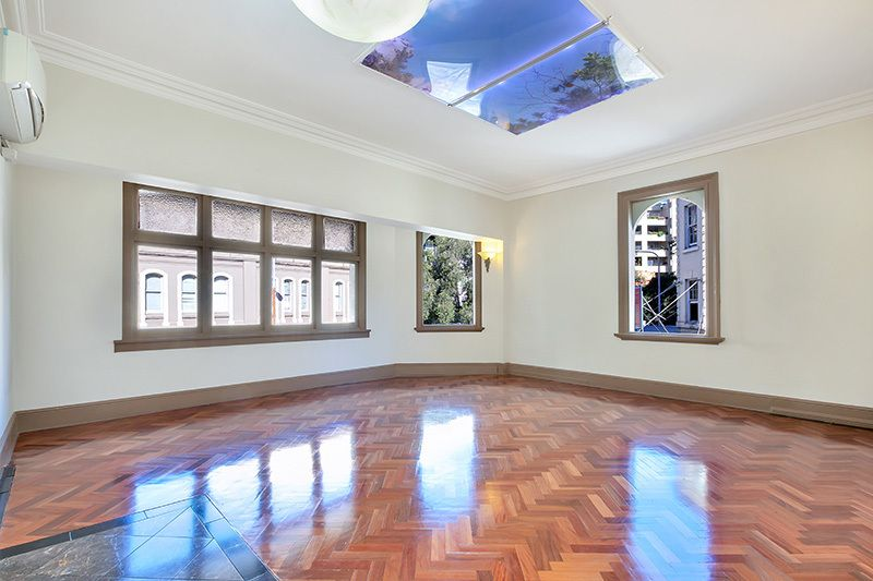 180sqm CREATIVE 2 LEVELS HQ OFFICE/RESIDENTIAL SPACE - Heart of Surry Hills