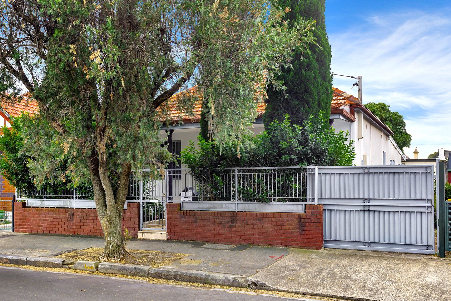 29 Woodland Street, Marrickville
