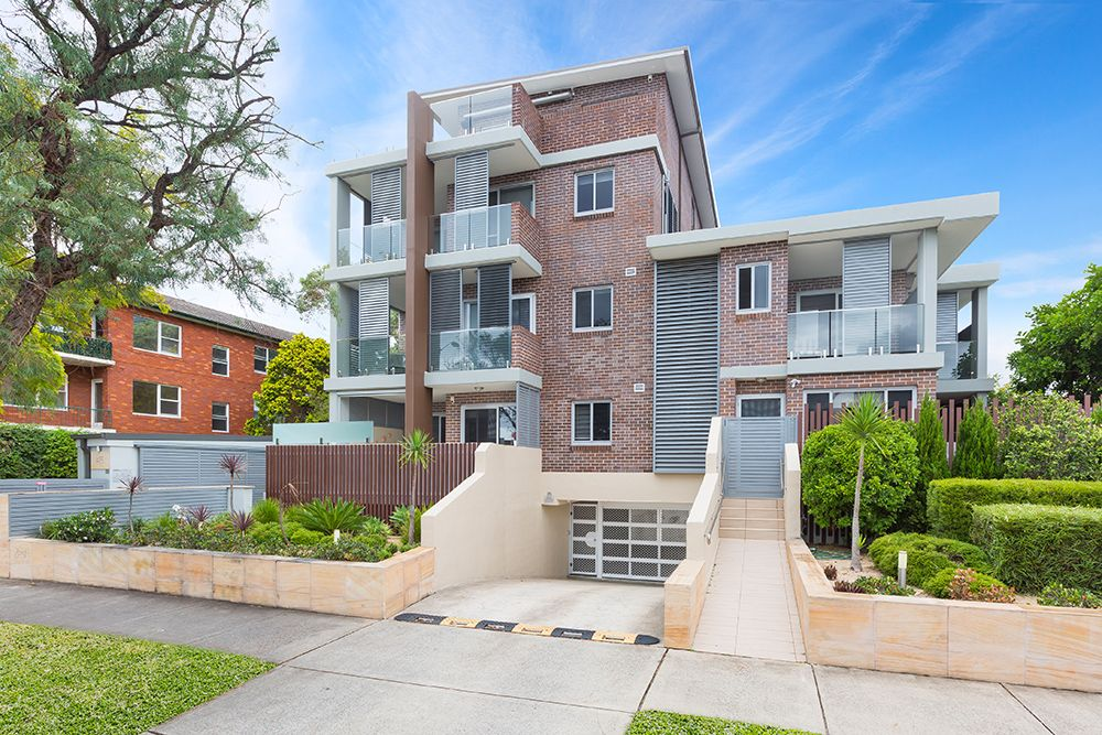 B1/145-147 Russell Ave DOLLS POINT 2219