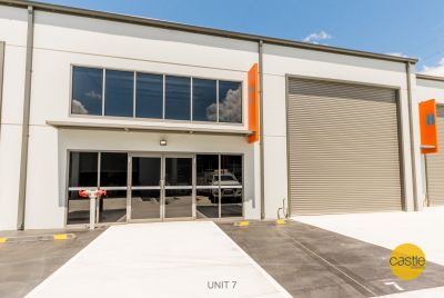 Huge Exposure - Professional Office & Warehouse!