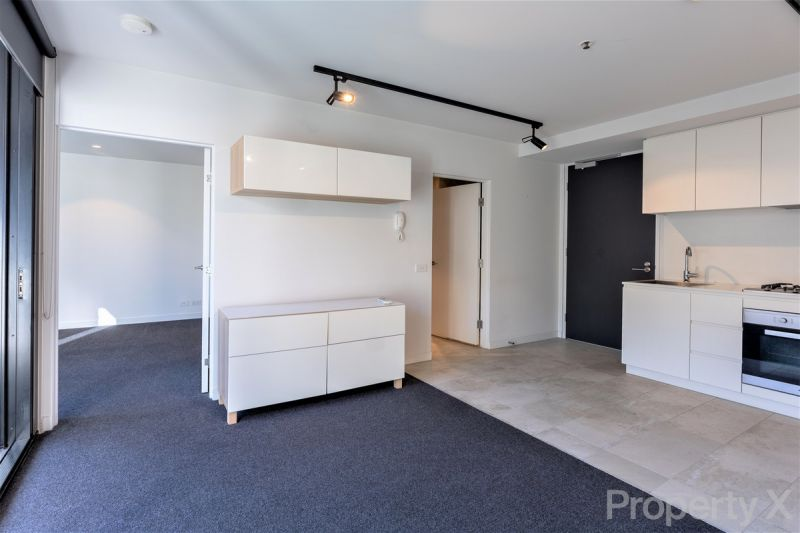 OXLEY APARTMENTS - One Bedroom Apartment with Secure Carpark
