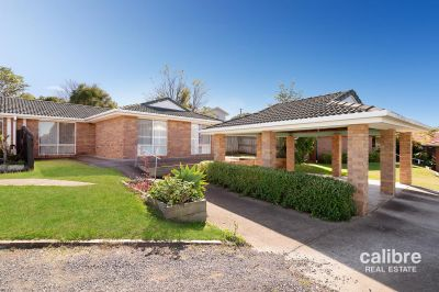 Highset Duplex with a Great Return