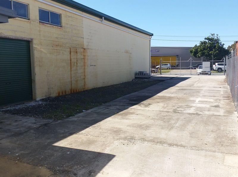 Prominent Location - Warana Warehouse