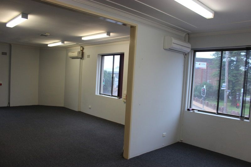 BARGAIN FIRST FLOOR OFFICE SPACE