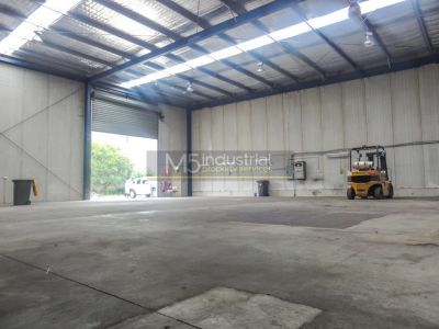 656sqm - High Clearance Warehouse